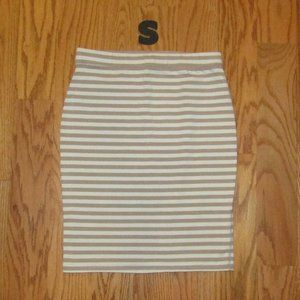 Old Navy skirt small